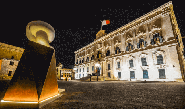 Night Tour + Malta 5D